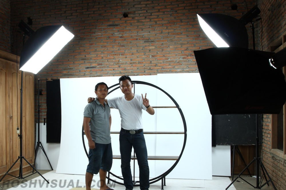 jepara on location photographer, jepara furniture photographer, jepara company profile photographer, on factory photography